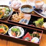 「お重箱のランチ(週替わり)」はデザート、ドリンク付きで1430円