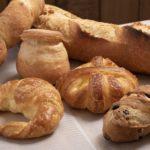 本場の味わいそのままのハード系パンが充実
