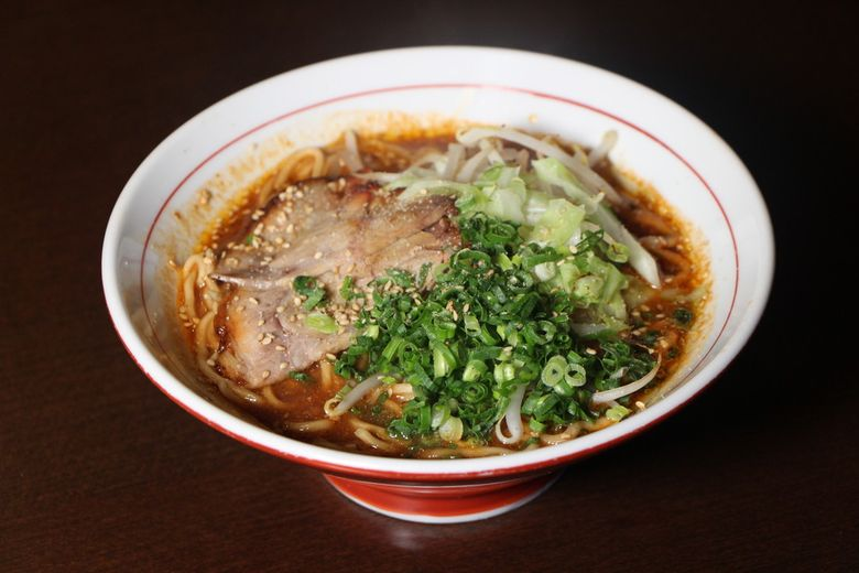 旨くて辛いがクセになる。冬に食べたい辛い麺4選