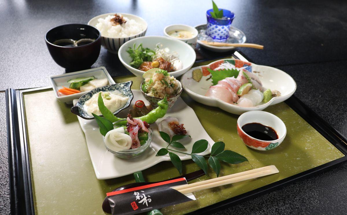 [おでかけランチvol.101]臼杵の郷土料理や新鮮な海鮮でおもてなし。大正ロマンを感じる食事処